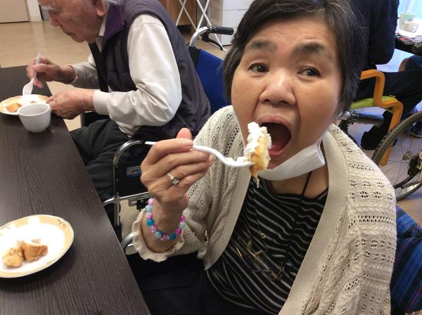 シフォンケーキの様子02
